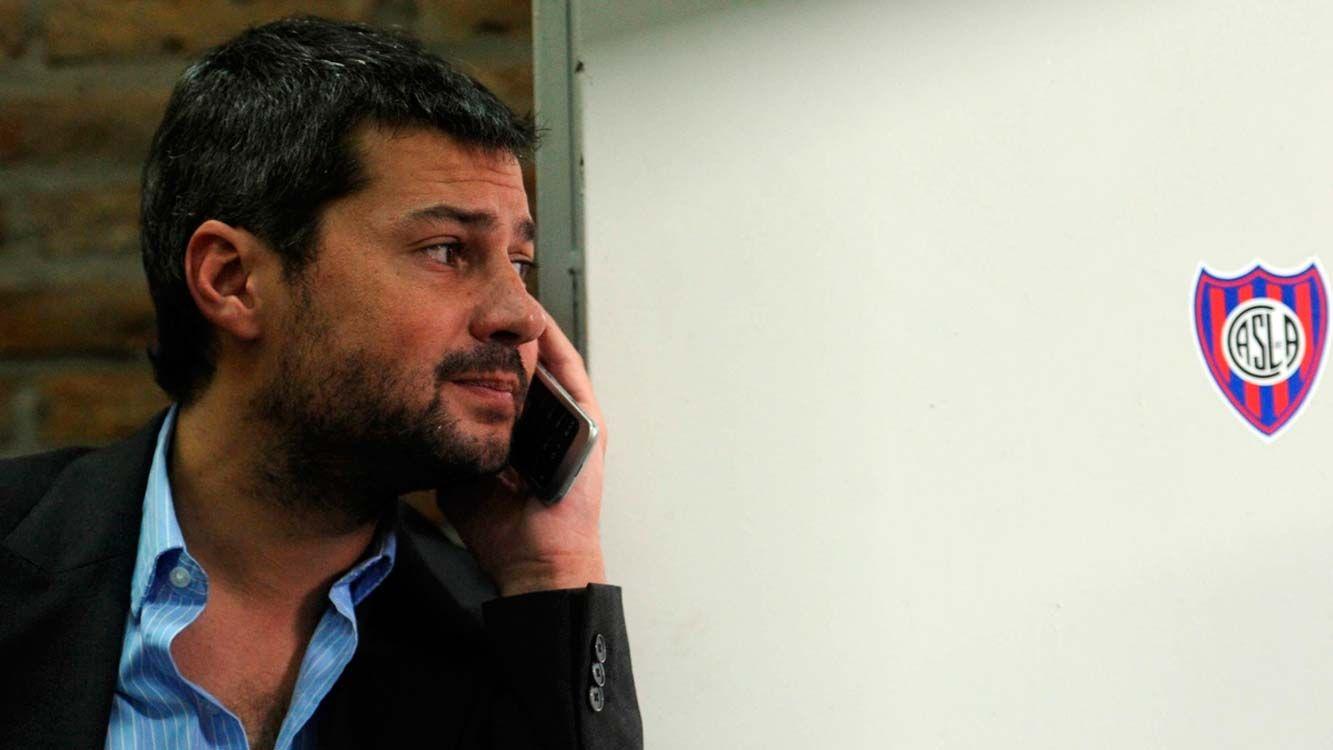 """""""Hay jugadas puntuales que nos hacen preguntarnos qué pasó"""" dijo el presidente de San Lorenzo."""