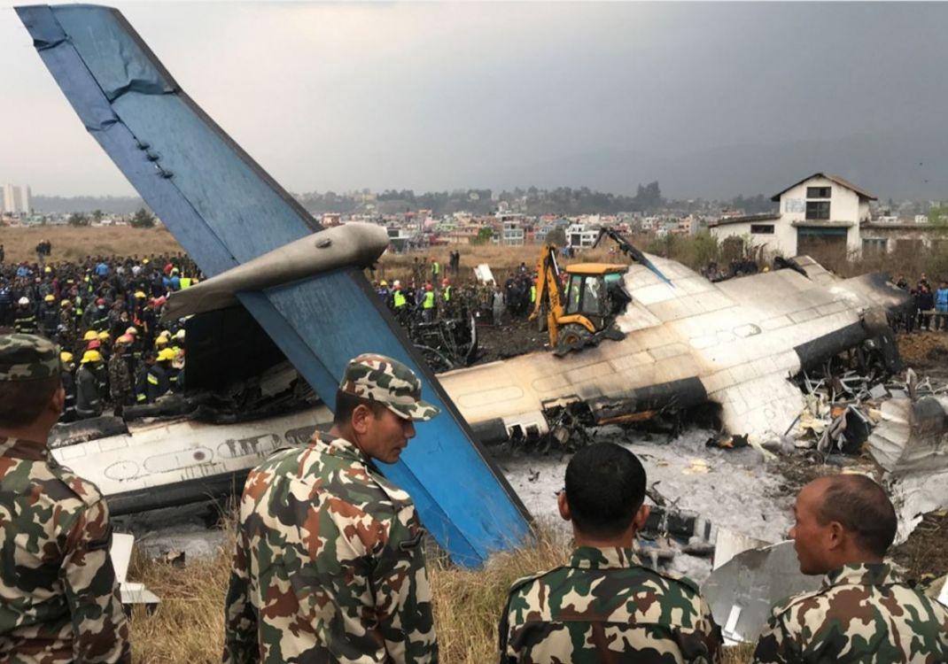 Se estrelló un avión de pasajeros en Nepal: al menos 38 muertos