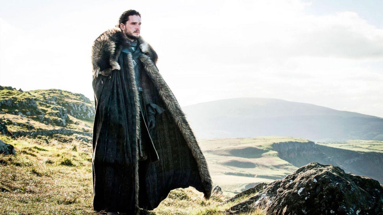 Juego de tronos: Jon Snow apareció borracho en París
