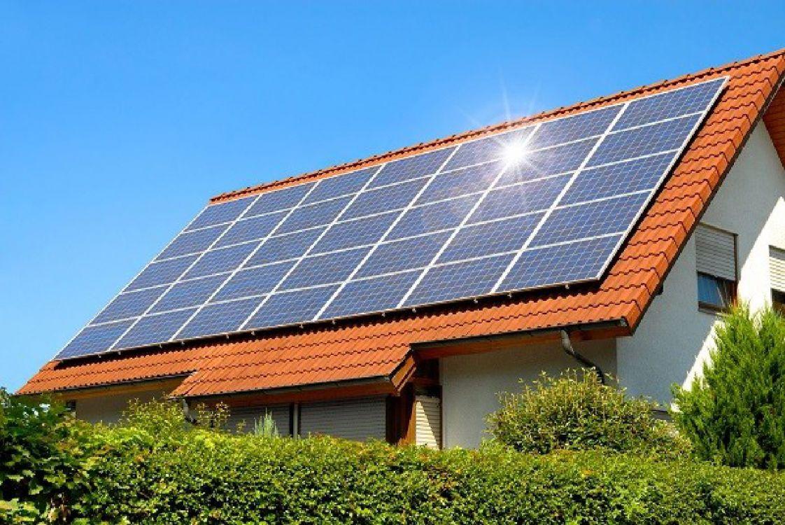 Conocé los beneficios de usar paneles solares en el hogar