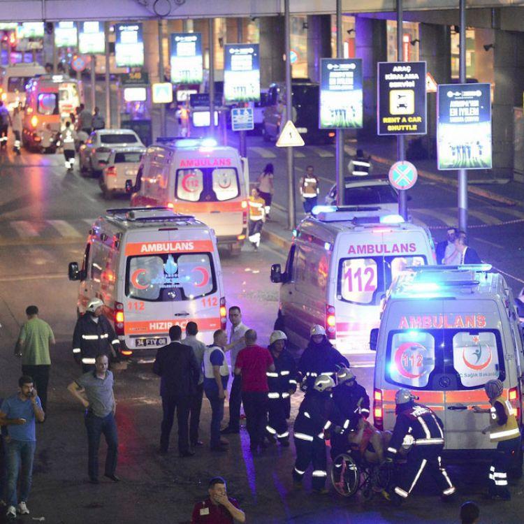 Imágenes tomadas después del atentado en Estambul, Turquía