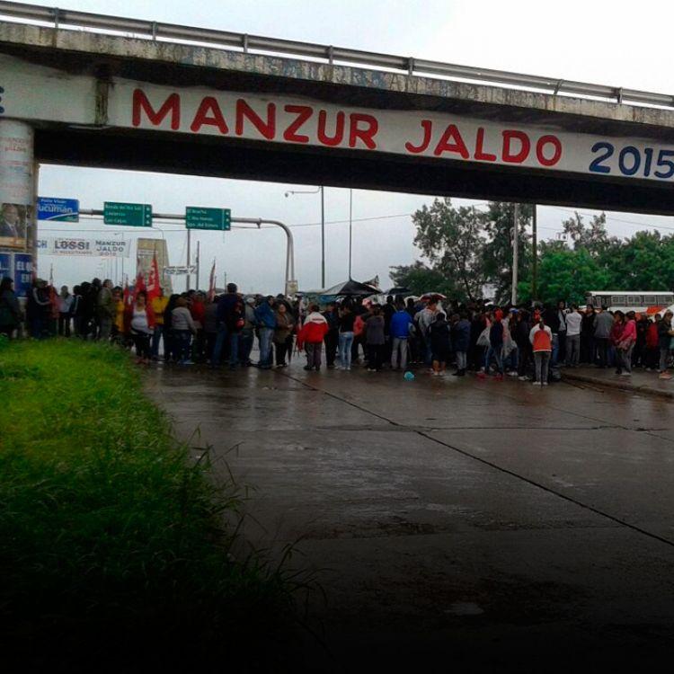 Los municipales del interior también se plegaron a la protesta en contra del tarifazo, la inflación y las suspensiones.