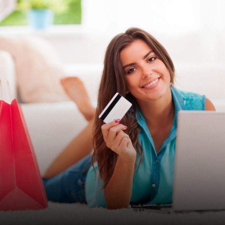 Acerca del 76% de las personas que utilizan internet han comprado al menos 1 vez por la red.