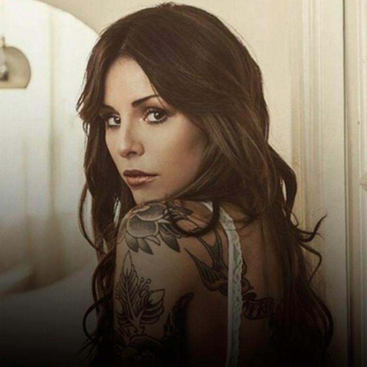 Candelaria Tinelliterminó su relación con su tatuador, con quien estaba en pareja desde mayo de este año.
