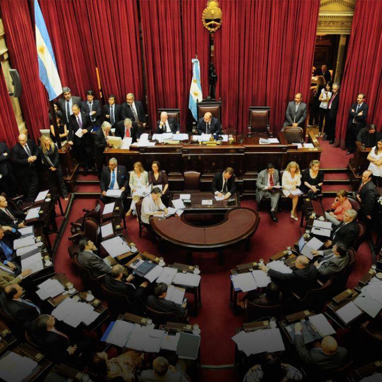 Se modifican los artículos 3 de la Ley Orgánica de las Municipalidades, 13 bis de la Ley Legislativa y 148 de la Ley de Educación.