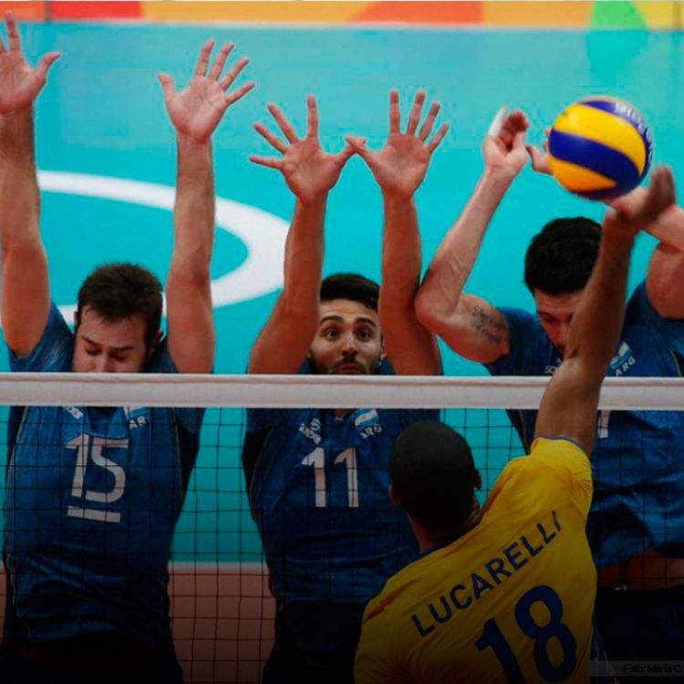 La Selección de vóley jugó este torneo con los cinco sentidos argentinos. De pie, señores. Perder así no es perder.