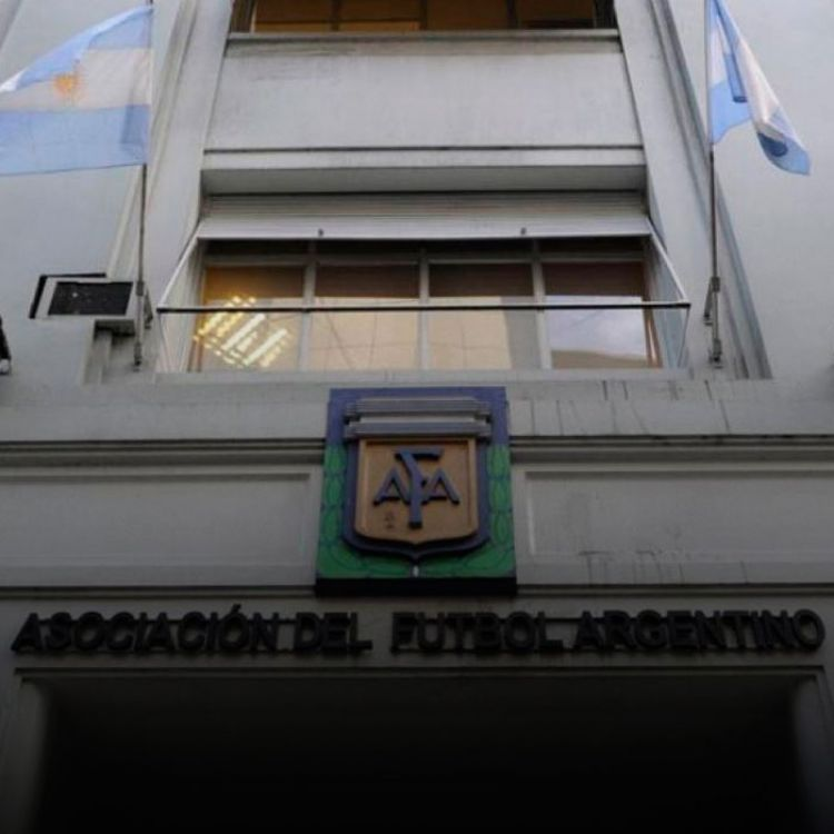 """El fútbol argentino va a dar inicio este fin de semana"", aseguró Armando Pérez."