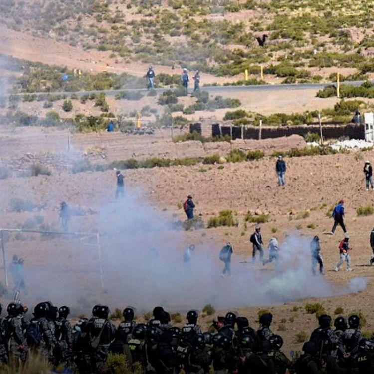 """""""Creemos que si hay algún movimiento de las fuerzas policiales, estamos dispuestos para ofrendar vidas"""", dijo un manifestante."""