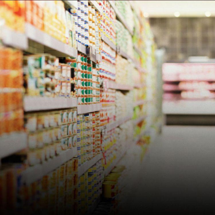 Macri analiza para aplicar medidas correctivas y sanciones para frenar los aumentos de precios que se dieron.
