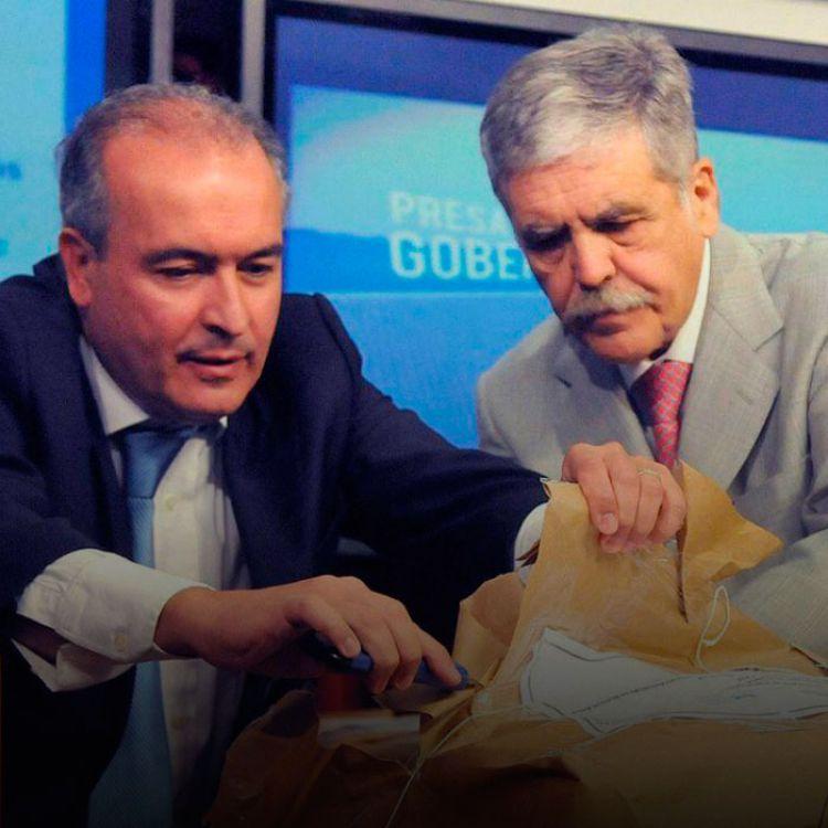 Casanellocitó a indagatoria por el casoSkanskaal ex ministro de PlanificaciónJulio DeVidoy alex secretario de Obras PúblicasJosé López.