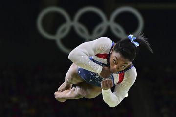 Vuela Simone Biles (AFP)
