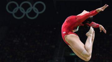 Lauren Hernandez en plena competencia (AFP)