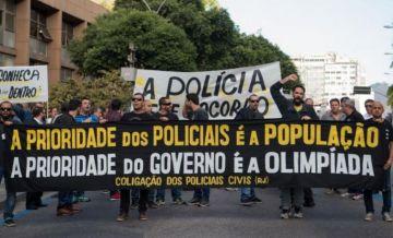 La inseguridad que se vive en Río es terrible. Los agentes de policía advierten a los extranjeros.