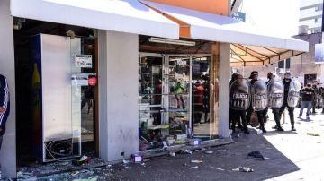 En Olavarría se produjeron disturbios y saqueos por los fans del Indio