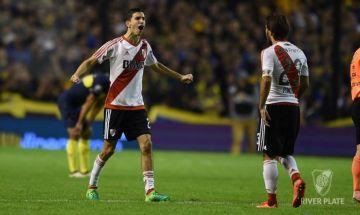 Nacho Fernández festeja el último gol