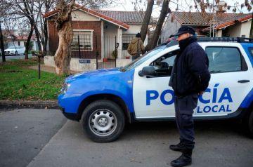 La policía detuvo a uno de los delicuentes