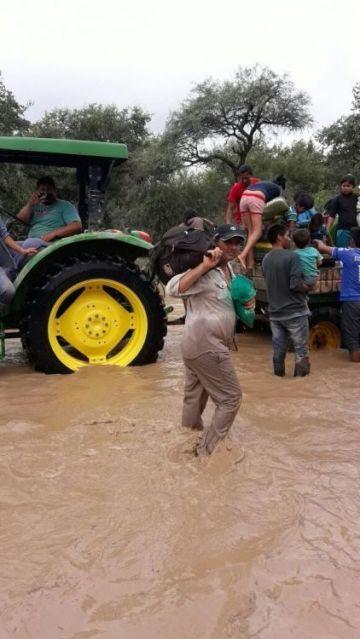 Evacuación en La Curvita.